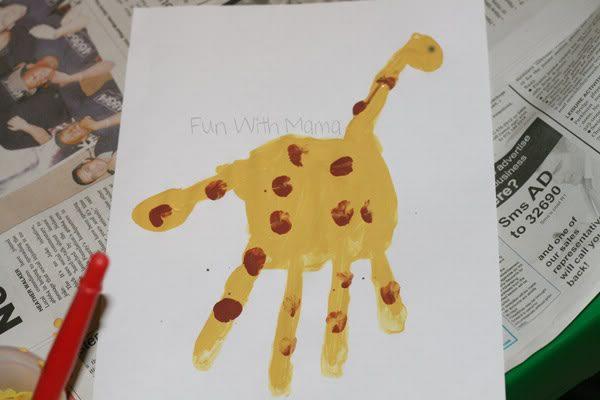 Giraffe Handprint and Tunnel Fun!