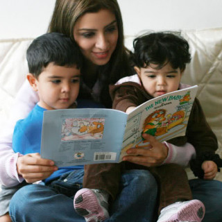 Why is it important to read to your child?
