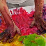 7 Benefits of Finger Painting