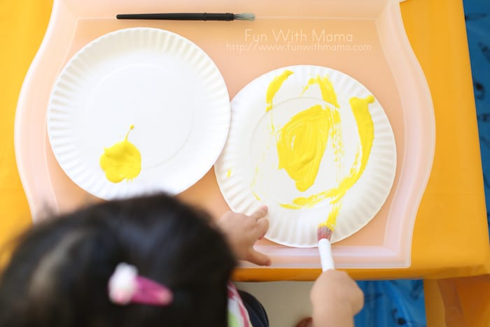 toddler-painting-kids-activity-paper-plate