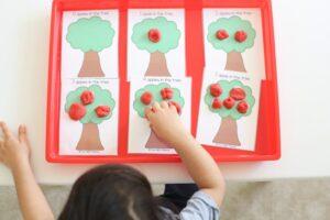 Toddler preschool math play dough counting activity