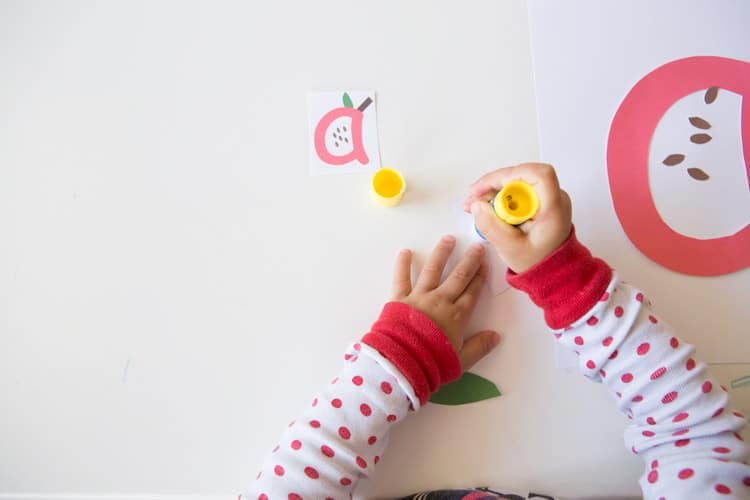 letter-a-apple-kids