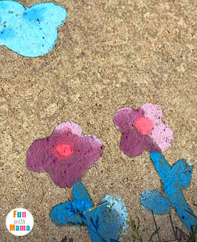 uper Easy & Fun Sidewalk Chalk Paint Recipe. A quick DIY Play Recipe for summer.